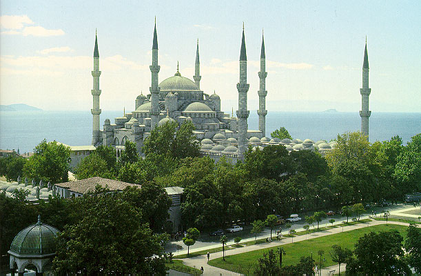 http://www.islamicity.com/culture/mosques/europe/TMp145a.jpg